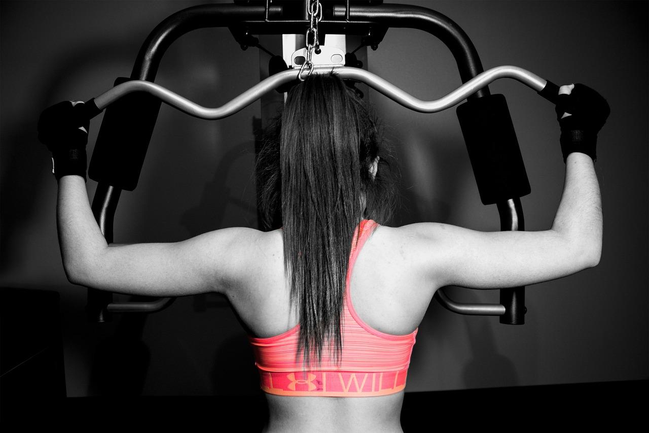 Siłownia – ile razy w tygodniu ćwiczyć? Czy można ćwiczyć codziennie?