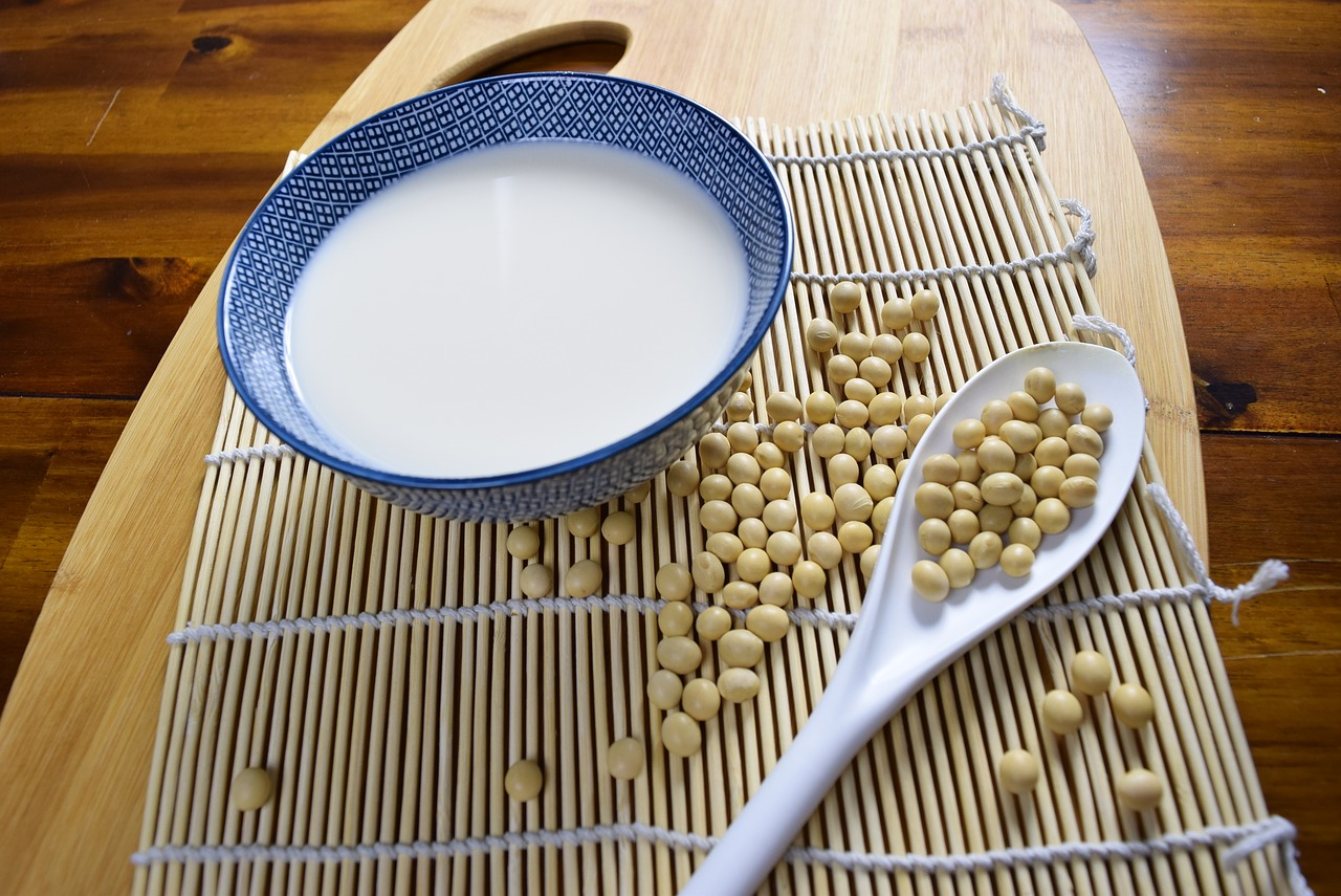 Jakie mleka roślinne wybierać?