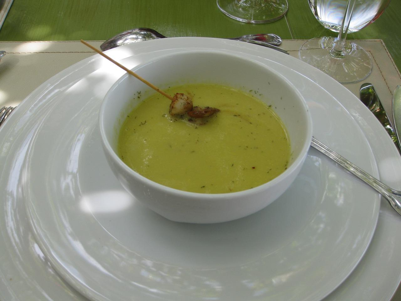 Przecierana zupa grochowa